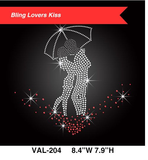 sparkling-lovers-kissing