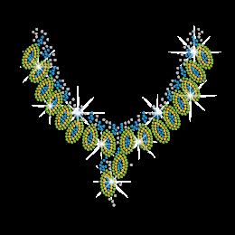 Splendid Peacock Feathers Patterned Necklace Iron on Rhinestone Transfer